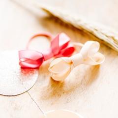 Your Little Miss Basic haarelastiekjes met strik - little fantasy rose