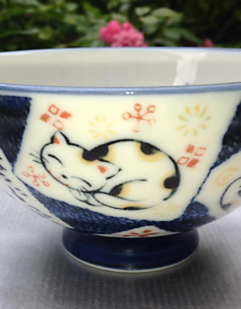 Tokyo Design Studio Japanese bowl cat love blue