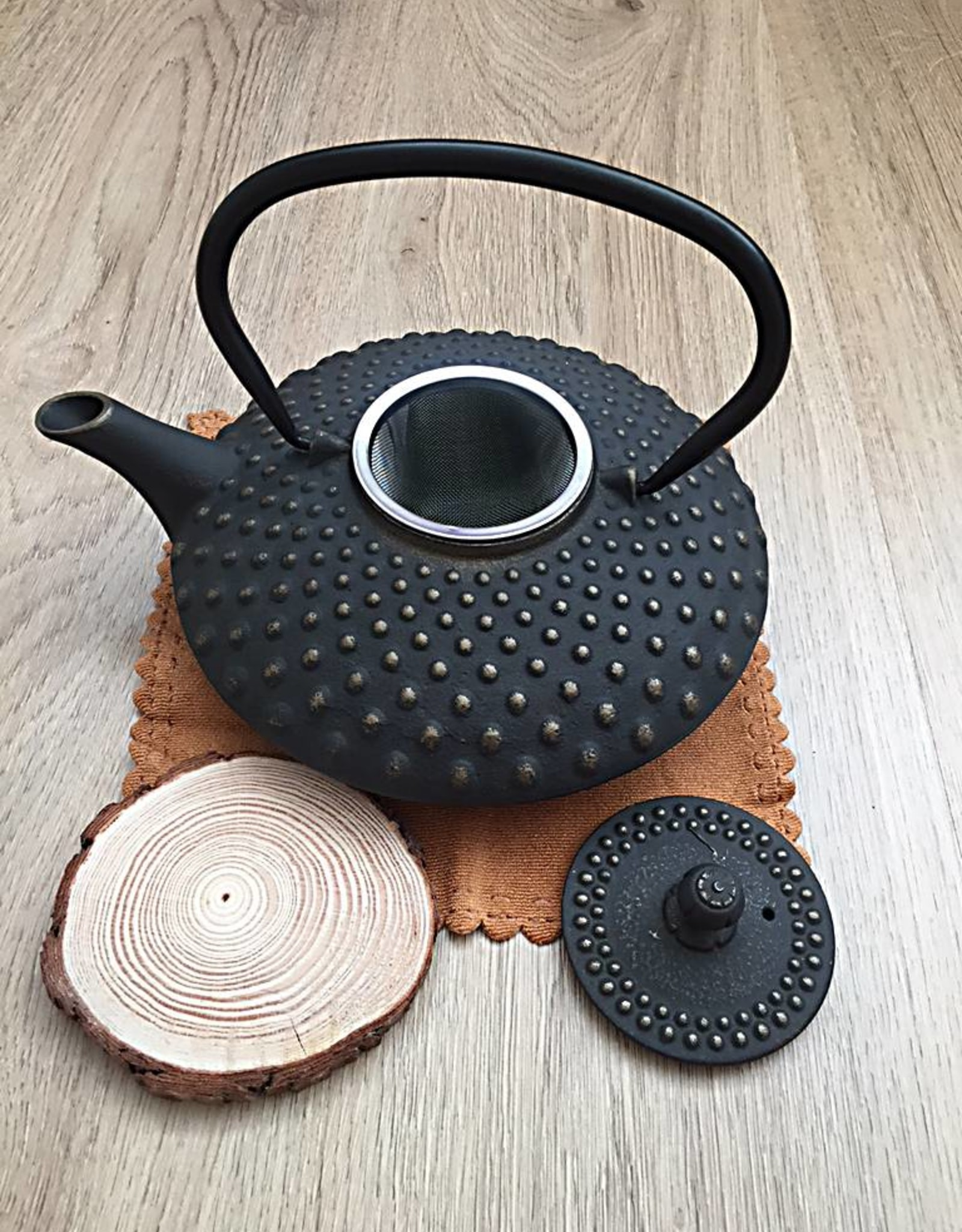 Cast iron teapot traditionally black (1,20 ltr)