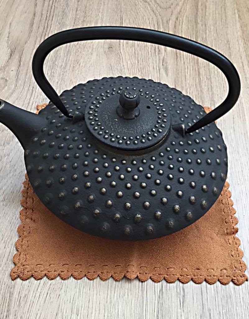 Gietijzeren theepot traditioneel zwart