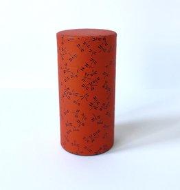 Japans theeblik met rood washi papier en zwarte libelles