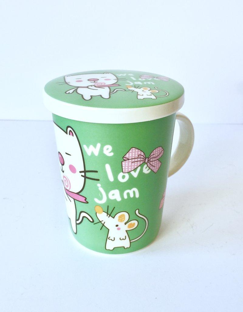 Groene theebeker met kat en muis
