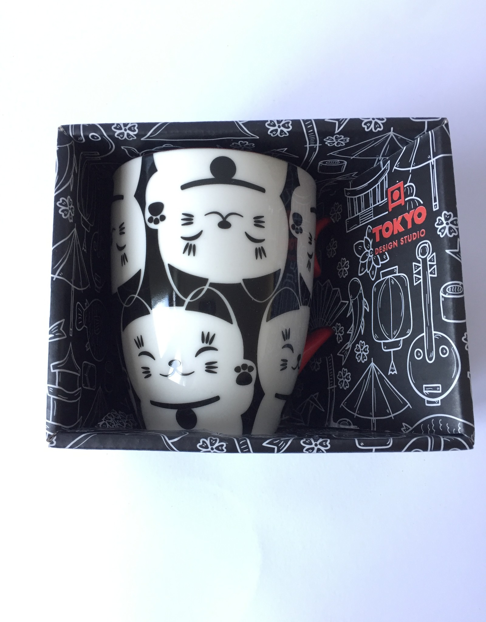 Tokyo Design Studio Kawaii Lucky Cat cup in gift box (Black / white)