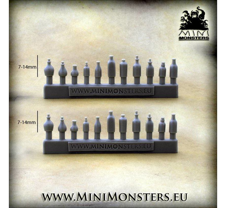 Bottles and Flasks - 22x - MM-57