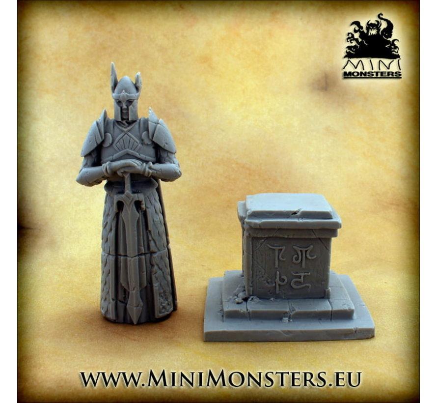 Mini Monsters Elf Hero Statue - MM-0104