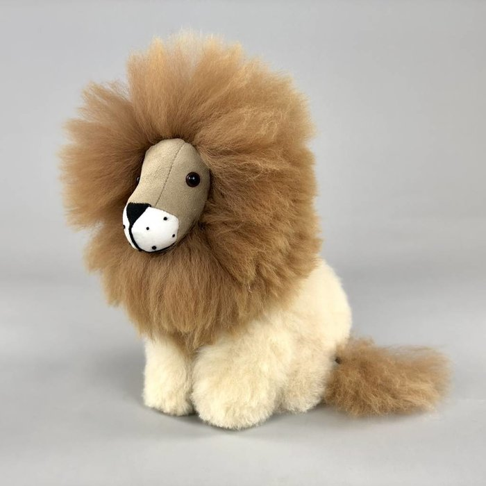 'Lenny the Lion' - Fluffy Toy - Beige