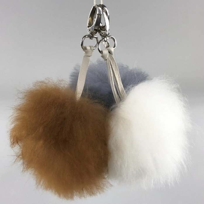 'Fluffball' - Bag Accessory/Keychain  - Handmade - Alpaca Wool - Brown