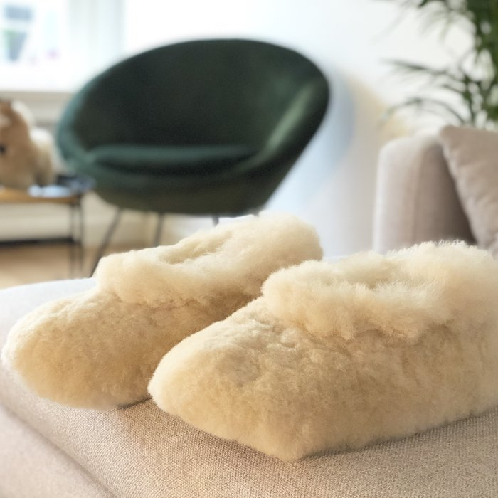'Suave' - Alpaca Slippers - Blond