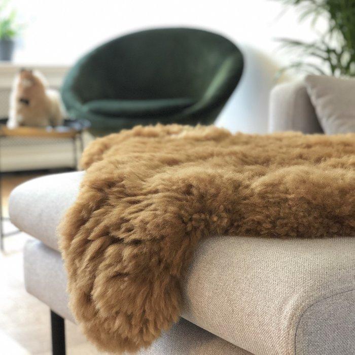 'Reina' - Handmade Alpaca Rug -  Hazelnut