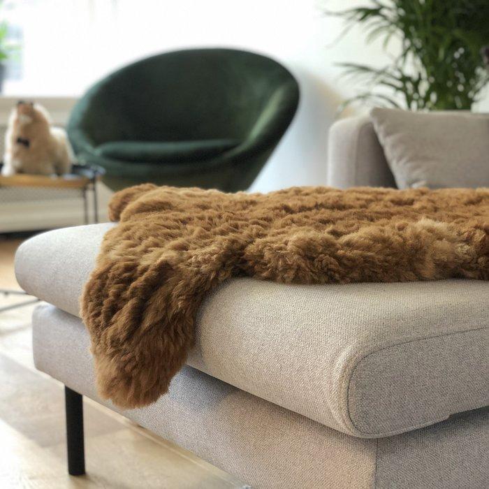 'Reina' - Handmade Alpaca Rug - Caramel
