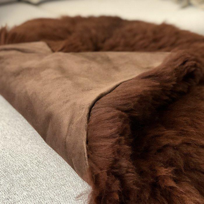 'Reina' - Handmade Alpaca Rug - Walnut