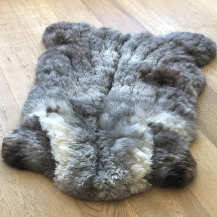 'Reina' - Handgemaakt Alpaca Kleed - Limited Edition - Spotted Wolf