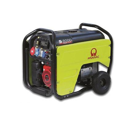 Pramac AVR S8000 Benzine Aggregaat met grote brandstoftank