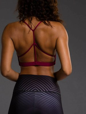 Onzie Yoga Wear Pyramid Bra - Burgundy (M/L)
