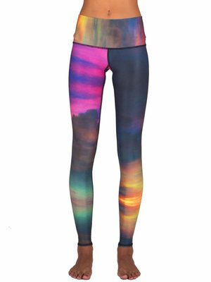 Teeki Yogakleding Clouds - Hot Pants Legging (XS)