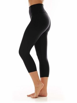 K-DEER Capri - Solid Black (M)