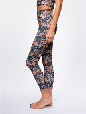 Onzie Yoga Wear High Rise Midi Legging  - Sustainable Soul - Golden Paisley (M)