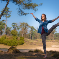 Energy, dharma & yoga habits of Lana Donse