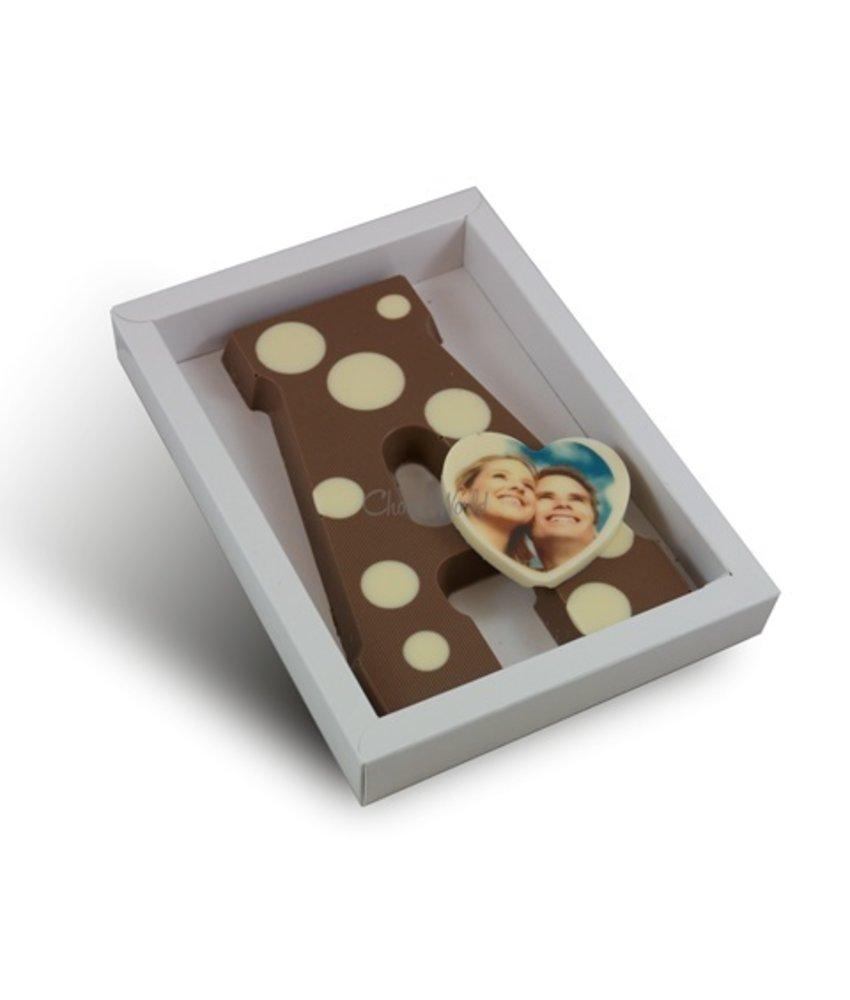 Chocolaterie Vink Letter met stippen en fotohartje
