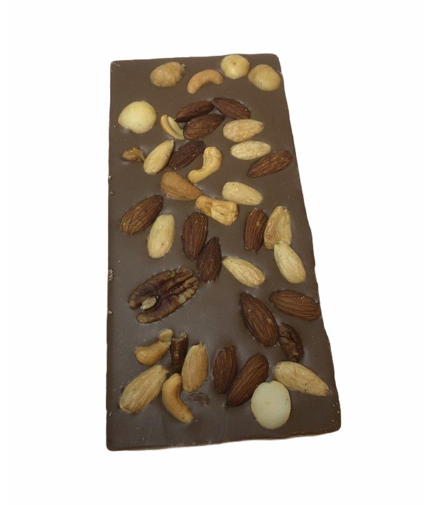 Chocolaterie Vink Reep Groot met Macadamia notenmix