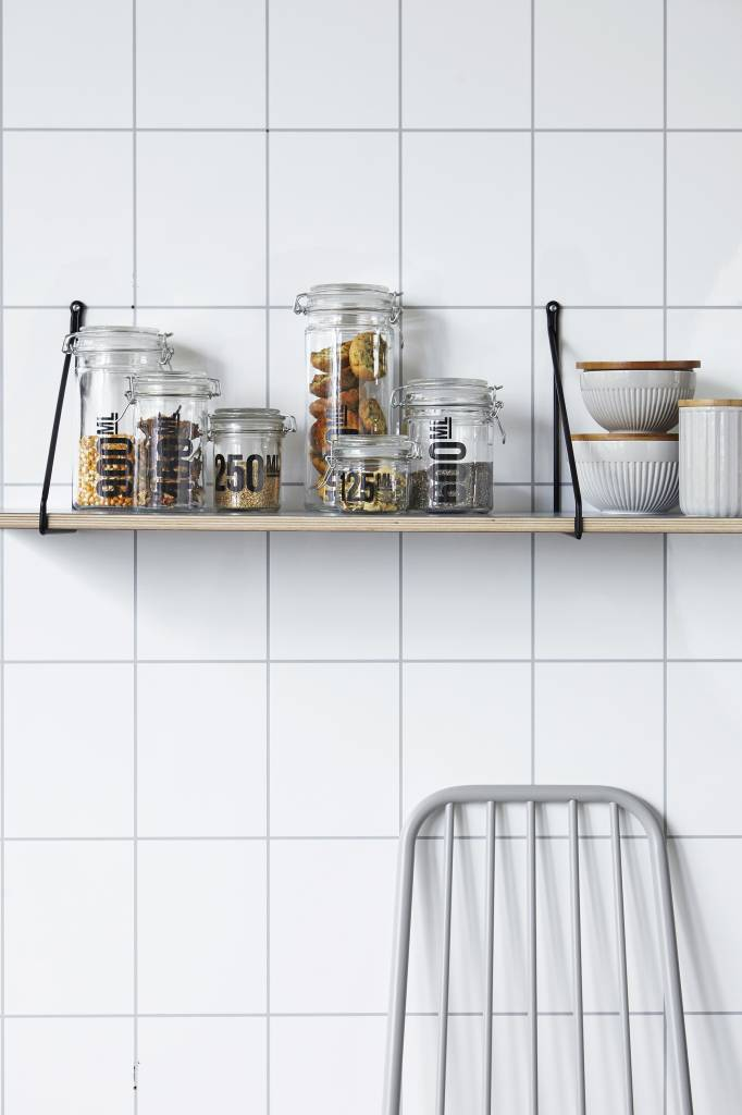 House Doctor black shelf supports