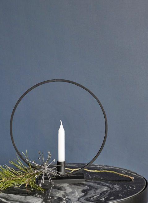 Nordal black metal candlestick Circle
