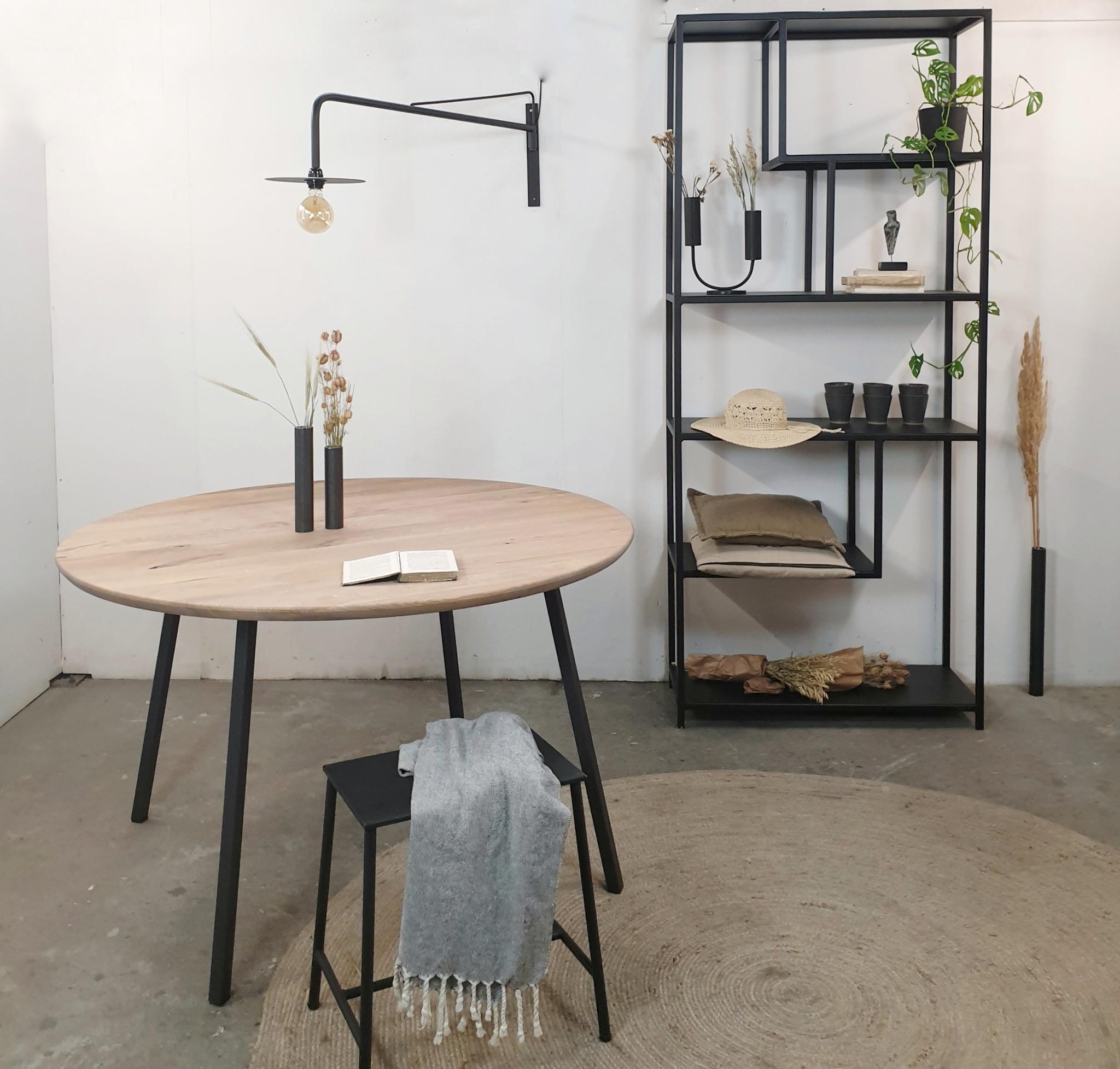 Stoer Metaal tafel Rond, metaal met eiken blad