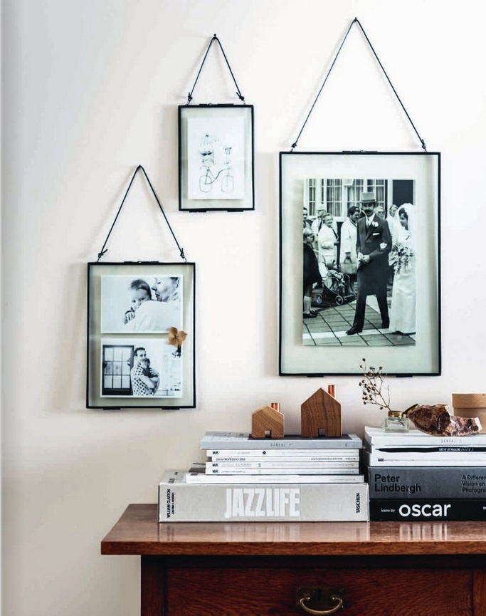 vtwonen iron frame photo frame, 14x19, with leather suspension cord