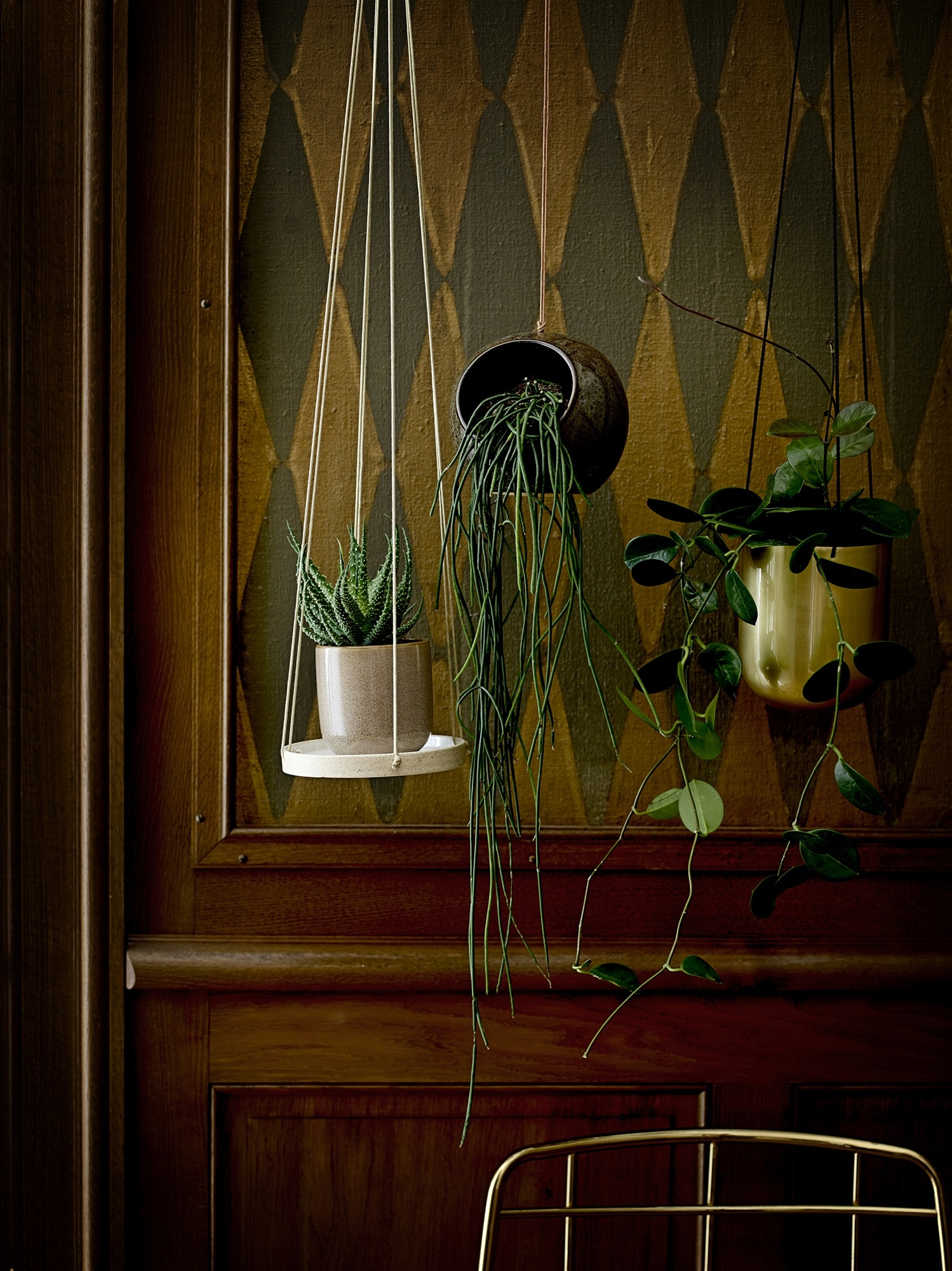 Bloomingville hanging pot Inna, gold