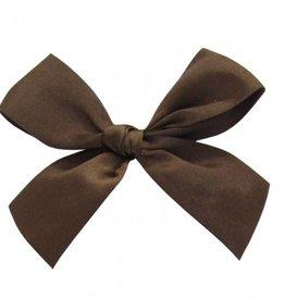 Satijn strikje met plakkertje Chocolate Brown - 7,5*7,5cm - 100 stuks