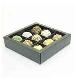 Black square window box with interior for 9 chocolates - 115*115*33mm - 30 pieces