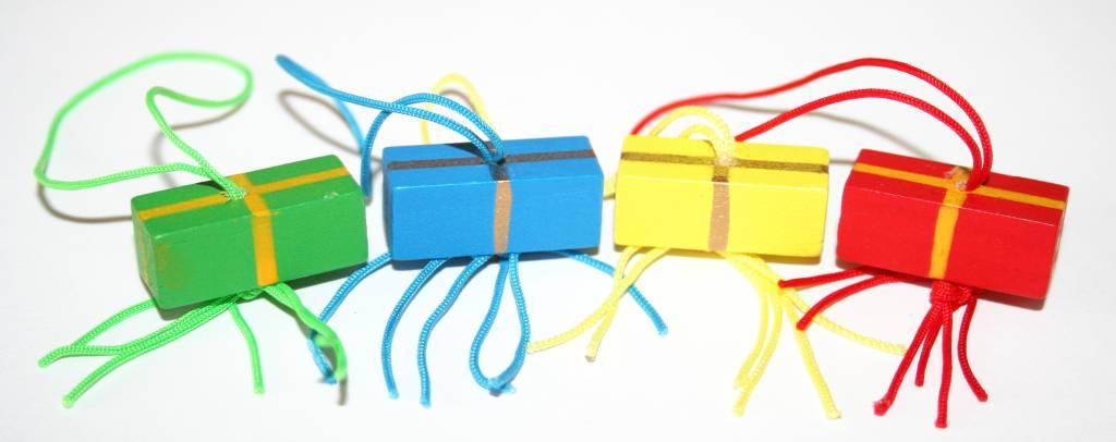 Anhänger farbiges Geschenk - 25*10mm - 50 Stück