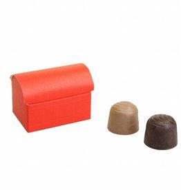 Mini treasure chest for 2 chocolates reliëf - red