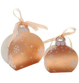 Rosé gouden Kerstbal met wit doosje en lint