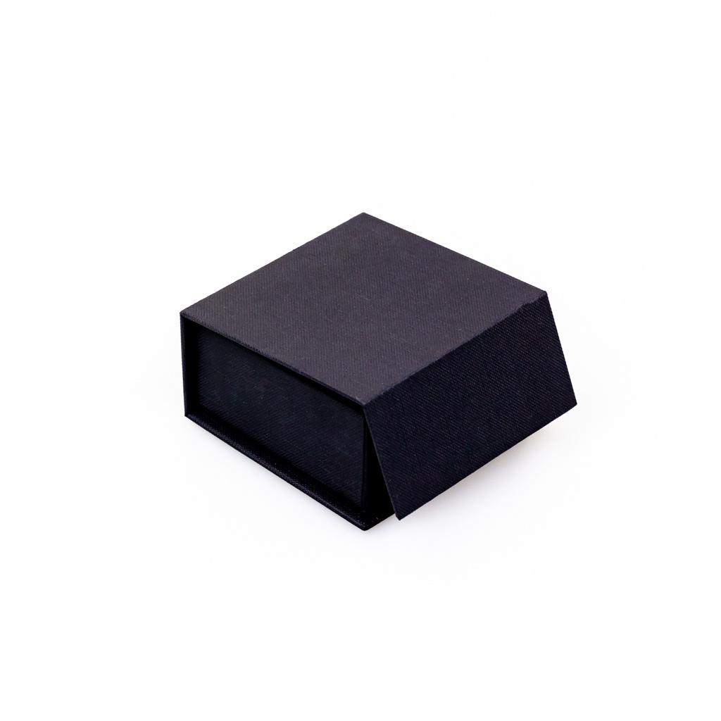 Magnet Bonbon Schachtel Mattschwarz 4 Bonbons  - 70*70*33mm - 24 Stück