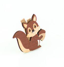 Eichhörnchen  mit Eichel klammer
