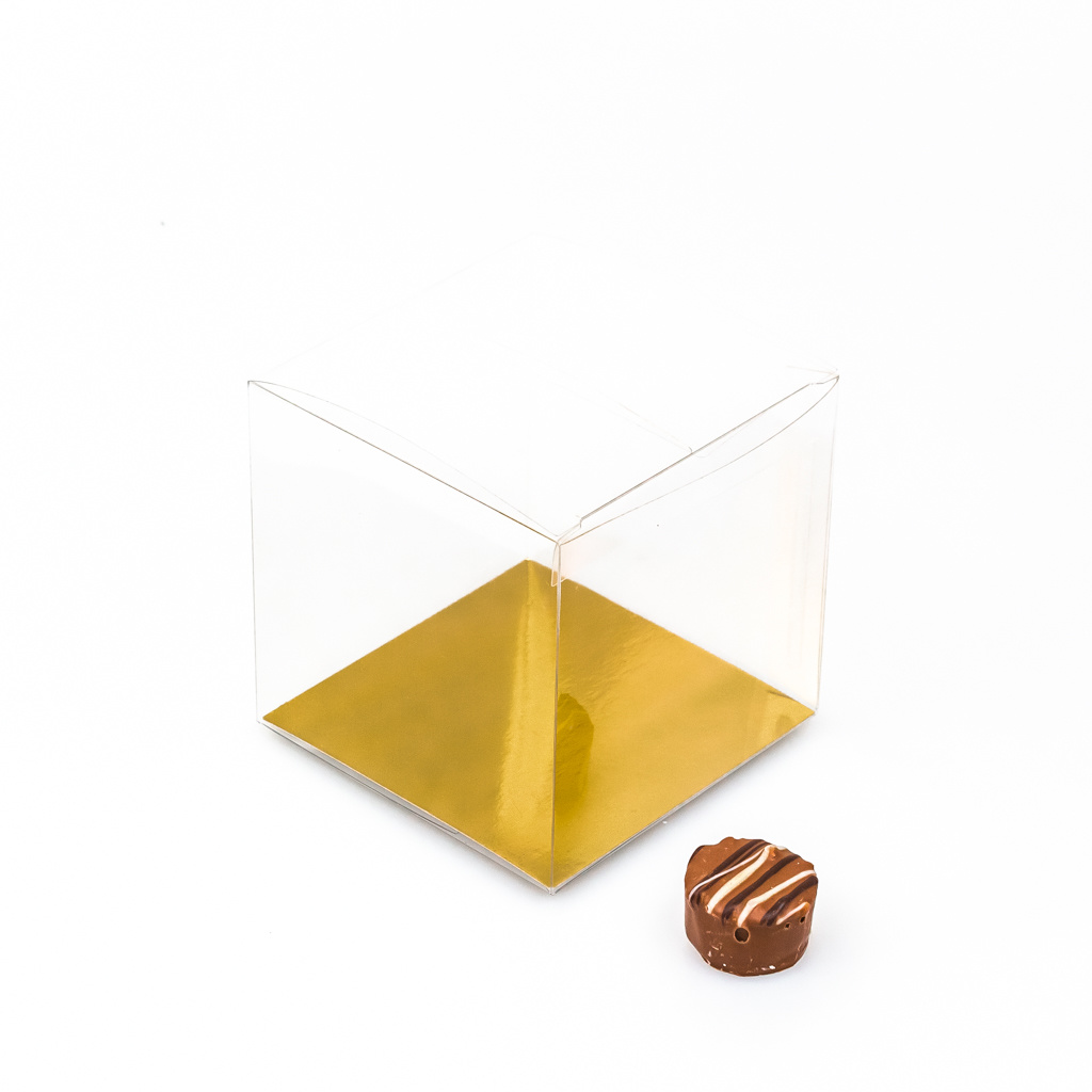 Transparant Boxes with gold carton  - 90*90*90mm