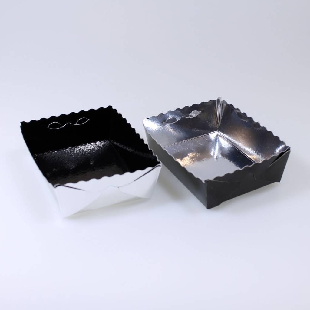 Barquettes petits-fours argent/noir - 50 pièces