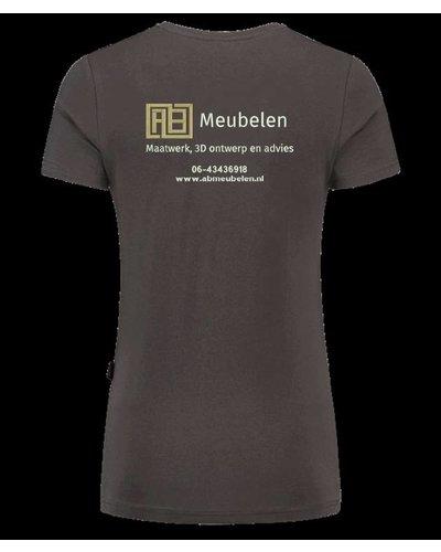 Borduren van het AB Meubelen logo op een kledingstuk naar keuze