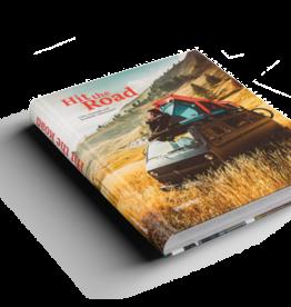 Boek Hit the Road - Vans, Nomads and Roadside adventures