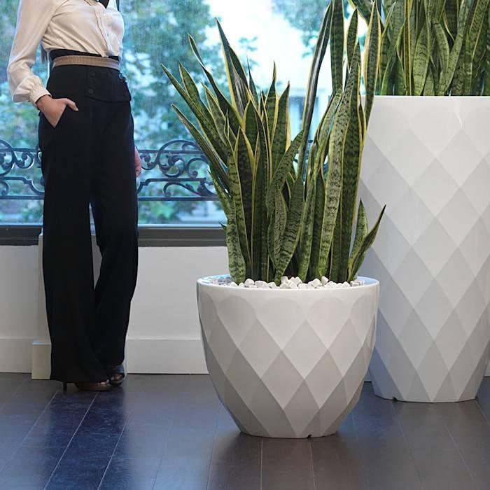 Grote Hoge Plantenpot.Vondom Vases 45 Bloempot Tuinvoordeel Eu