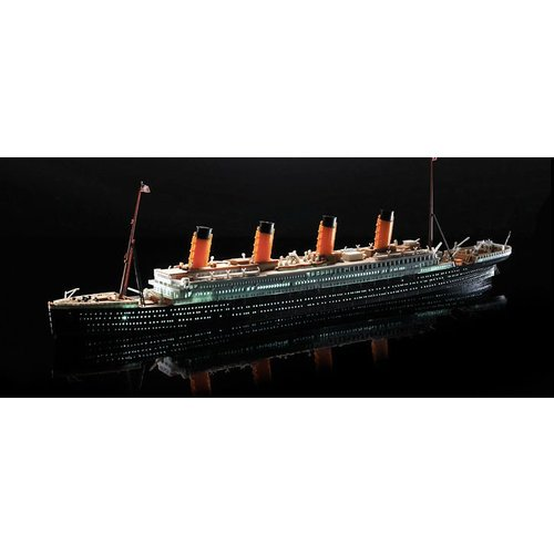 Academy R.M.S. Titanic - LED set