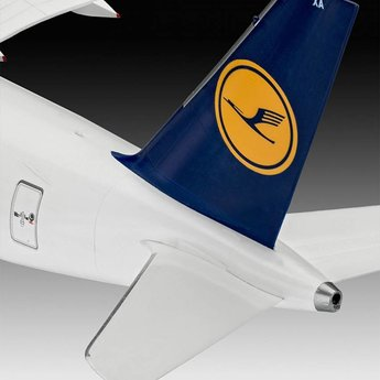 Revell Airbus A350-900 Lufthansa