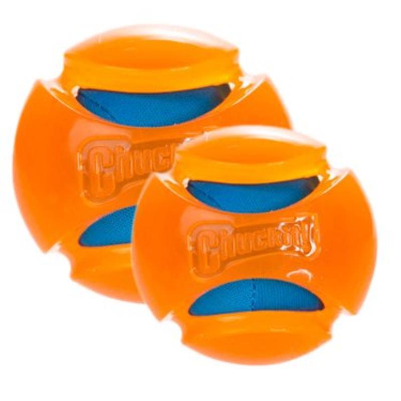 Uw hond spelenderwijs laten drinken met Chuckit Hydrosqueeze Ball