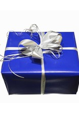 Geschenkverpackung I blaues Papier I silber Schleife