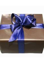 Geschenkverpackung I braunes Papier I blaue Schleife