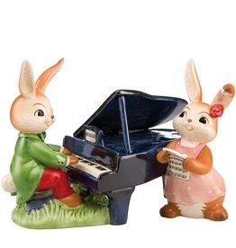 Goebel Porzellanmanufaktur Hasenpaar mit Klavier