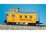 USA TRAINS Woodsided Caboose Union Pacific