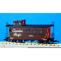 Woodsided Caboose Canadian Pacific