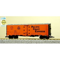 40 ft. Refrigerator Car Pacific Fruit Express - SP & UP